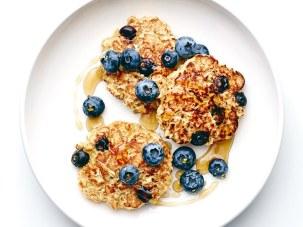 blueberry-oat-pancakes