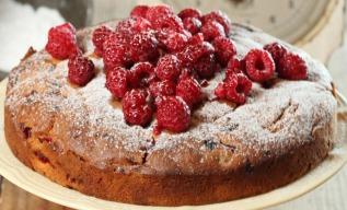 maggie-beer-fresh-raspberry-cake